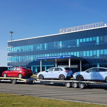 Nošovický závod Hyundai daroval tři auta Autodromu Most!