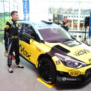 Rally special edition Hyundai i20 R5 unveiled in Ostrava shopping mall Forum Nová Karolina