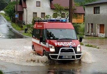 Společnost Hyundai poskytne materiální pomoc obětem povodní