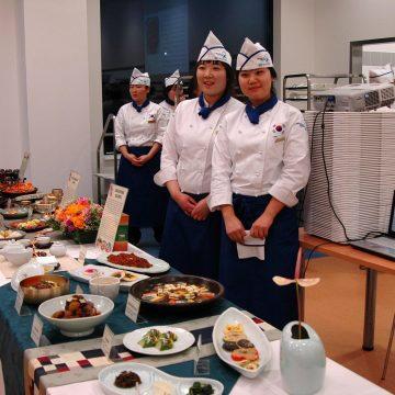 Prezentace korejské kuchyně v podání korejských studentů
